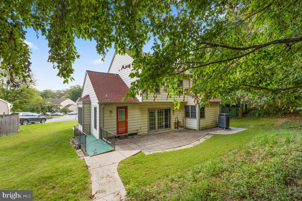 Mature Trees and Hardscape in Oversized Lot - 3000 BEETHOVEN WAY, SILVER SPRING
