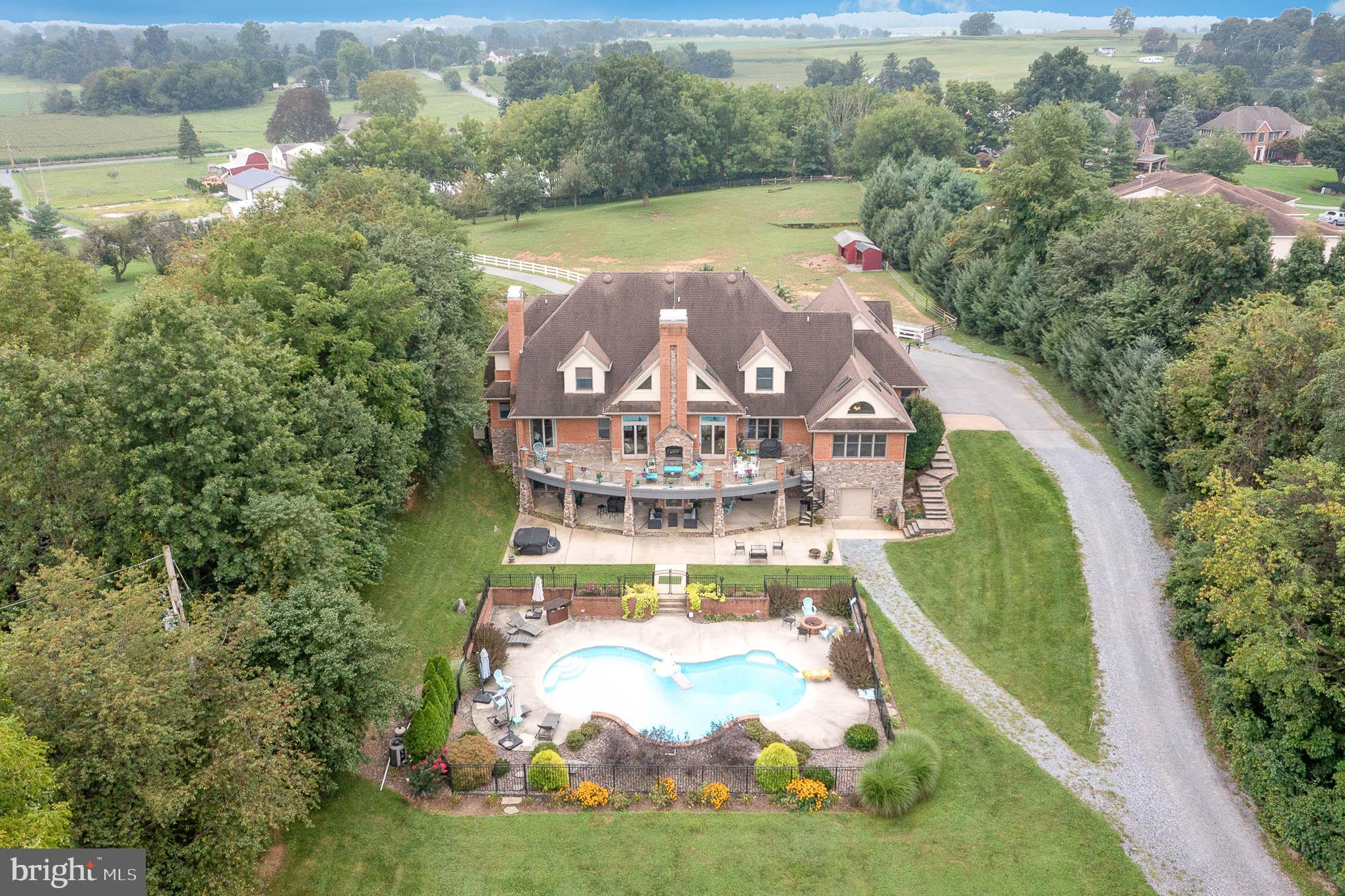 Gorgeous estate home with top equine facilities