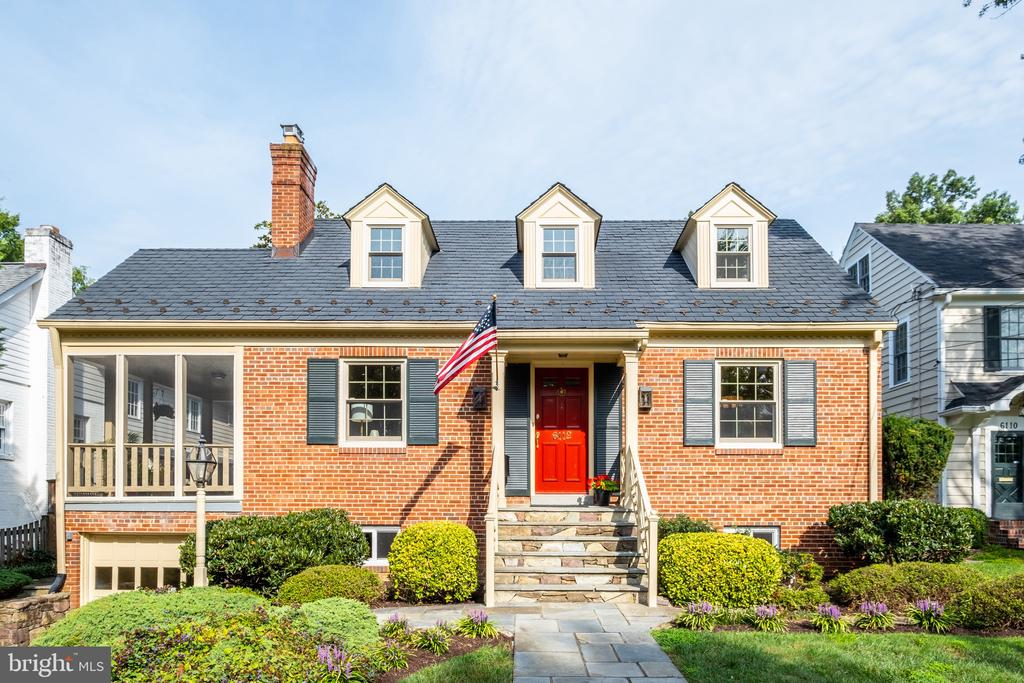 Welcome to 6112 Woodmont Road! - 6112 WOODMONT RD, ALEXANDRIA