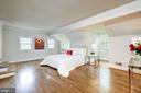 Hardwood floors all throughout the 2nd level - 6112 WOODMONT RD, ALEXANDRIA