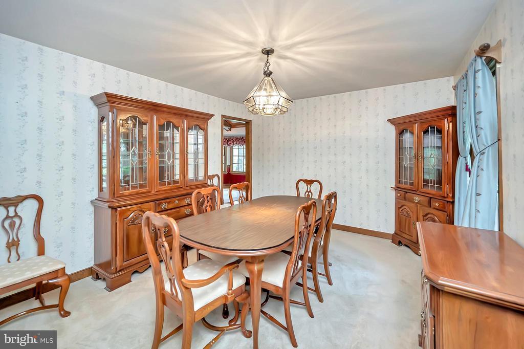 Dining Room again - 9704 PAMELA CT, SPOTSYLVANIA