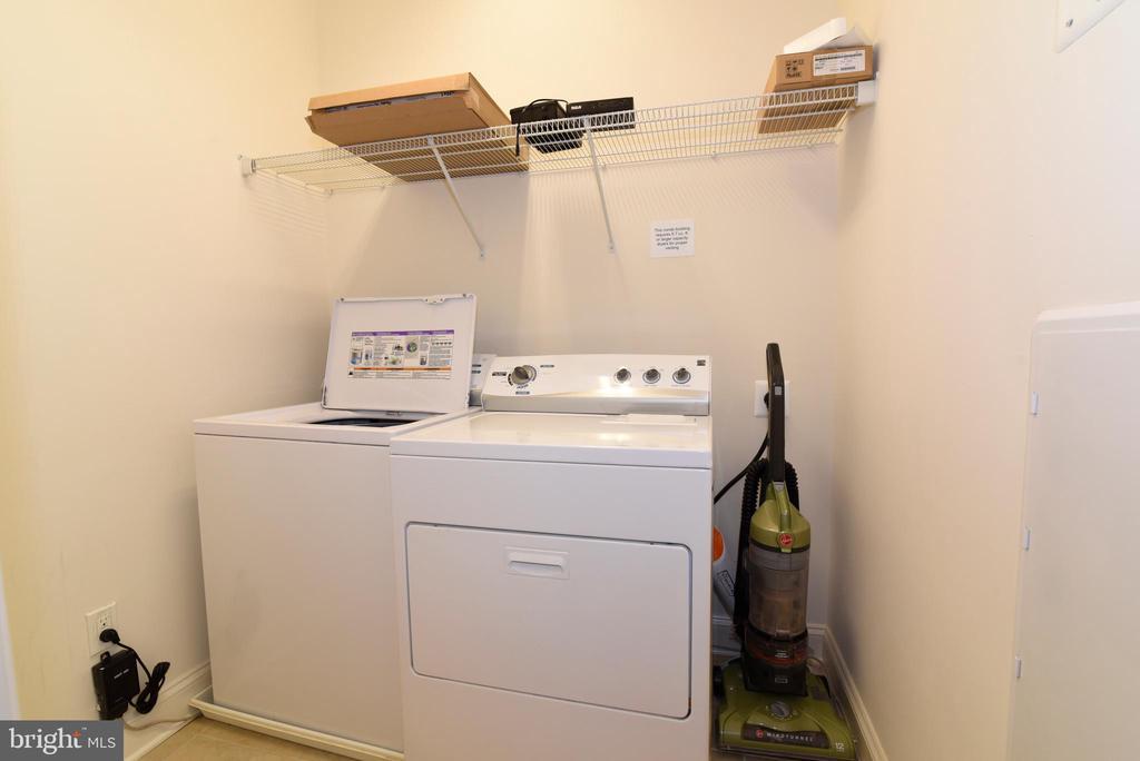 Laundry inside unit - 9200 CHARLESTON DR #201, MANASSAS