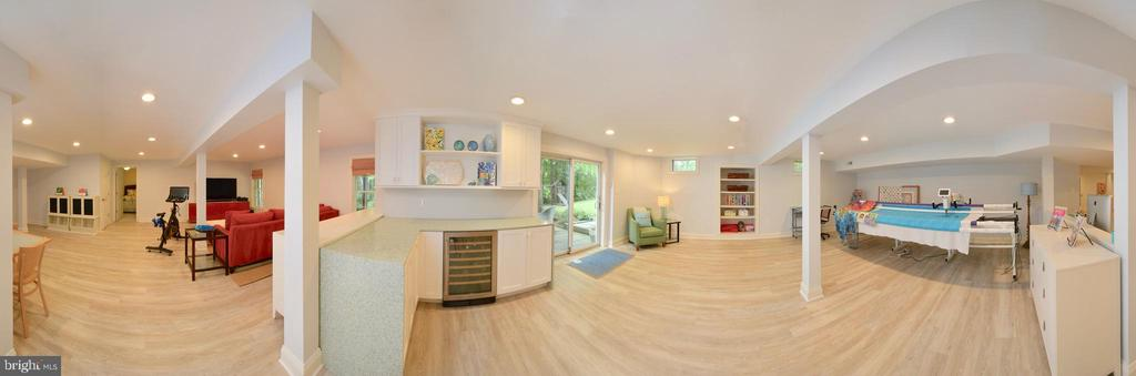 REC ROOM OVERVIEW, WITH VIEW OF CUSTOM CABINETRY - 10203 BRITTENFORD DR, VIENNA
