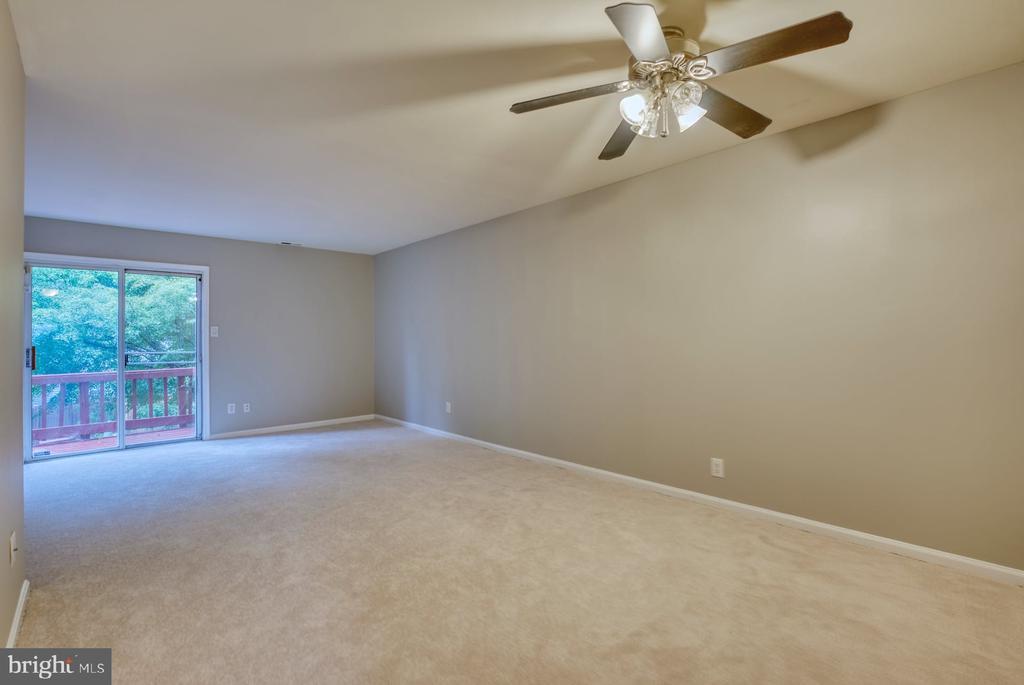 open living area - 4120 PLACID LAKE CT #66E, CHANTILLY