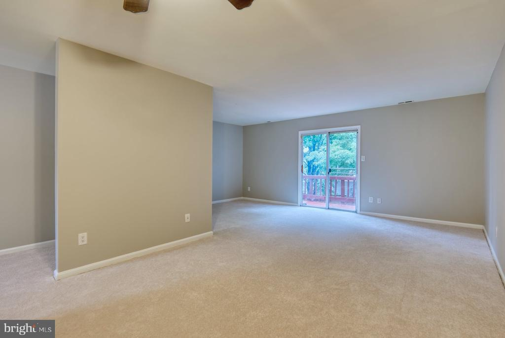 access to deck - 4120 PLACID LAKE CT #66E, CHANTILLY