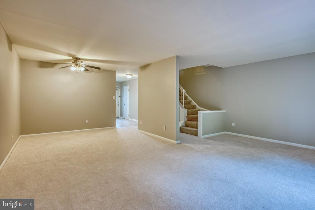 brand new carpet - 4120 PLACID LAKE CT #66E, CHANTILLY