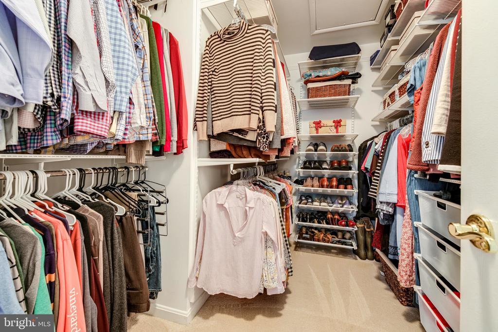 Primary closet features fantastic ELFA shelving - 3162 GROVEHURST PL, ALEXANDRIA