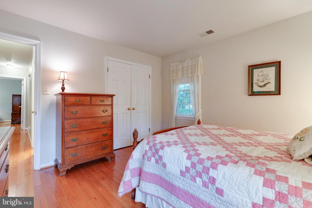 Bedroom 2 - 15697 THISTLE CT, DUMFRIES