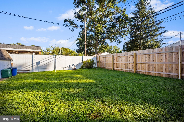11 Meadow Lane , LEVITTOWN, Pennsylvania image 29
