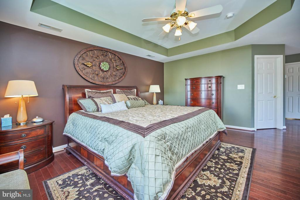 Hardwood Floor - 9032 PADDINGTON CT, BRISTOW
