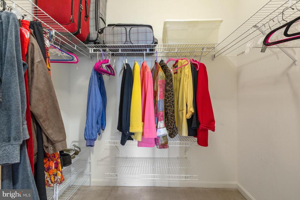 Large WIC  + 1 more smaller closet  in prim bdrm - 19375 CYPRESS RIDGE TER #711, LEESBURG