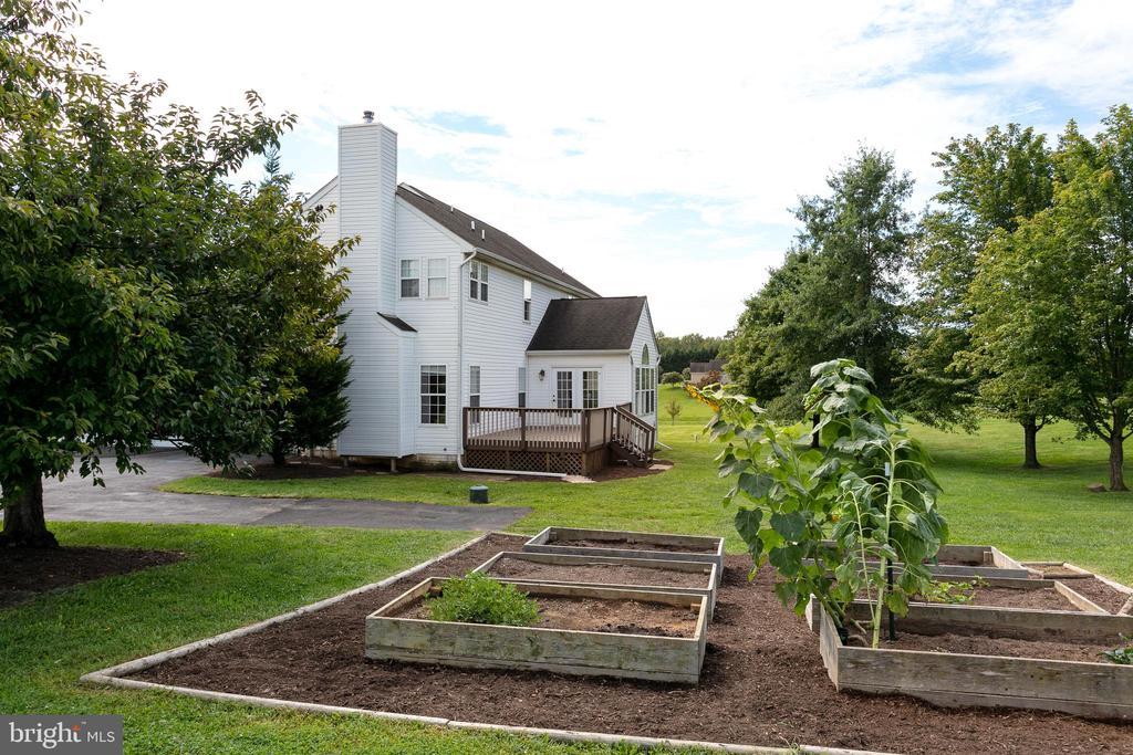 Raised beds for easy gardening - 348 RUDDER ROAD, SHEPHERDSTOWN