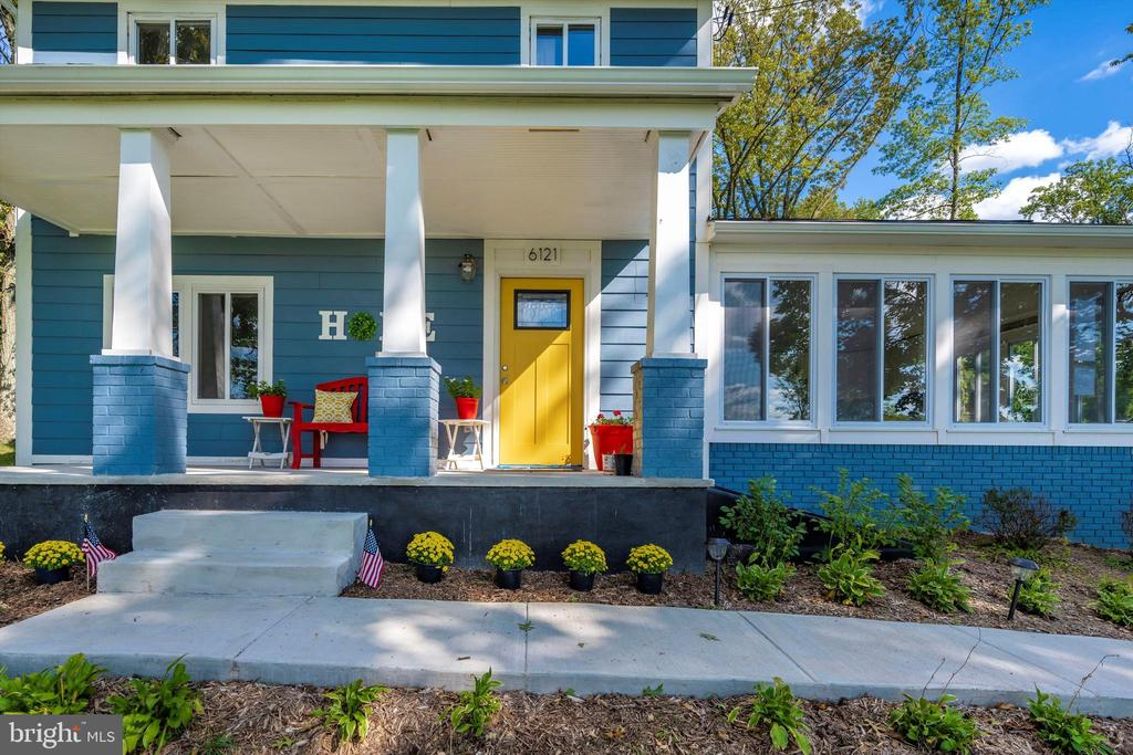 Bright Colors Will Welcome You, Every Day - 6121 QUINN RD, FREDERICK