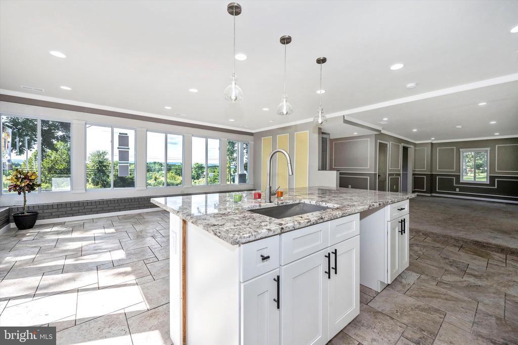 Beautiful Granite Countertops - 6121 QUINN RD, FREDERICK