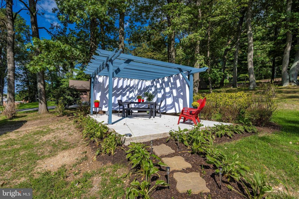 Relaxation Anyone? - 6121 QUINN RD, FREDERICK