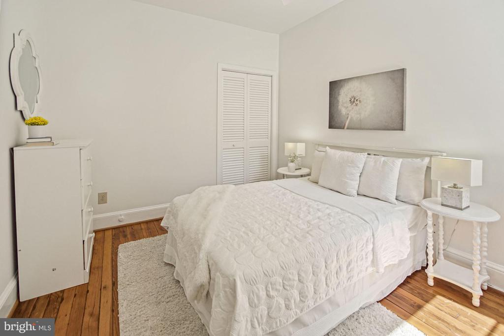 Second bedroom. - 321 F ST NE, WASHINGTON