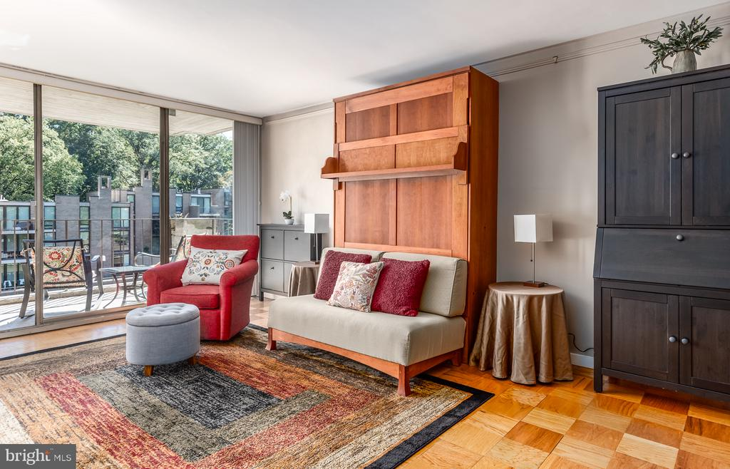 THE BED IS BEHIND THE WALL! - 11400 WASHINGTON PLZ W #201, RESTON