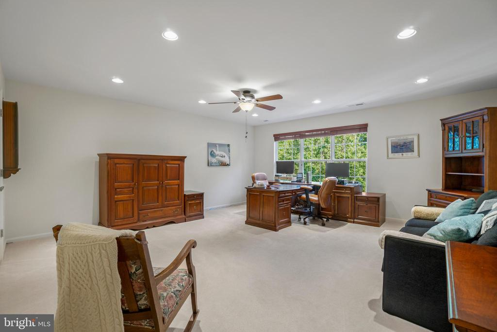 Huge Bedroom Currently Used as Double Office - 11201 BLUFFS VW, SPOTSYLVANIA