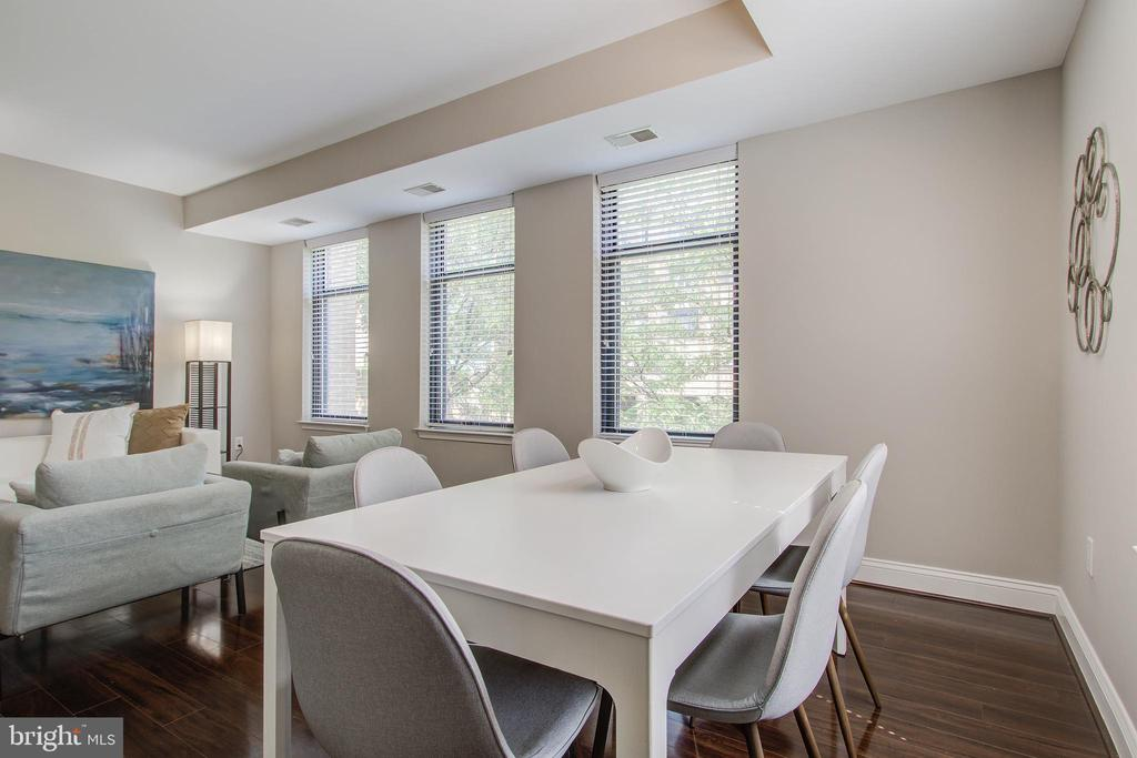 Dining Area - 525 N FAYETTE ST #222, ALEXANDRIA
