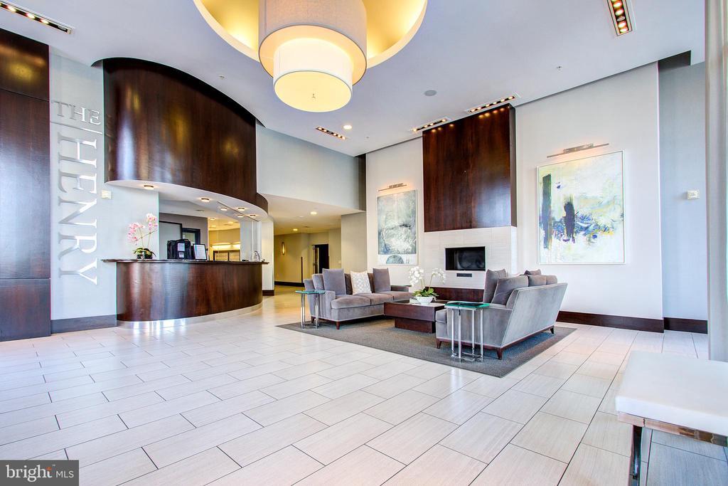 The Henry lobby - 525 N FAYETTE ST #222, ALEXANDRIA