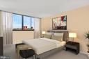 Primary suite - 1101 S ARLINGTON RIDGE RD #602, ARLINGTON