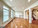 Living room - 42603 OFFENHAM TER, CHANTILLY