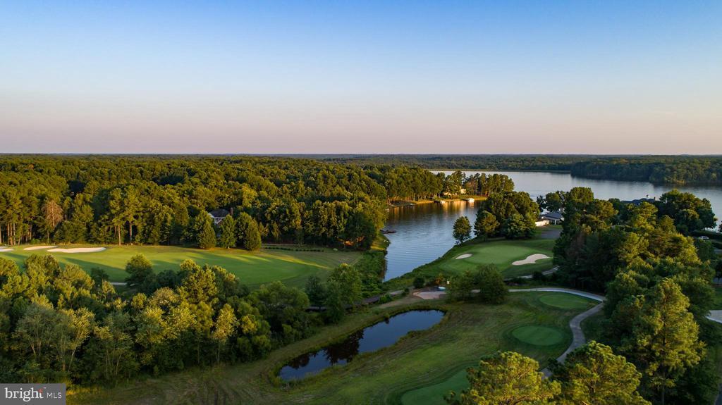 Fawn Lake Country Club has Memberships Available - 11201 BLUFFS VW, SPOTSYLVANIA
