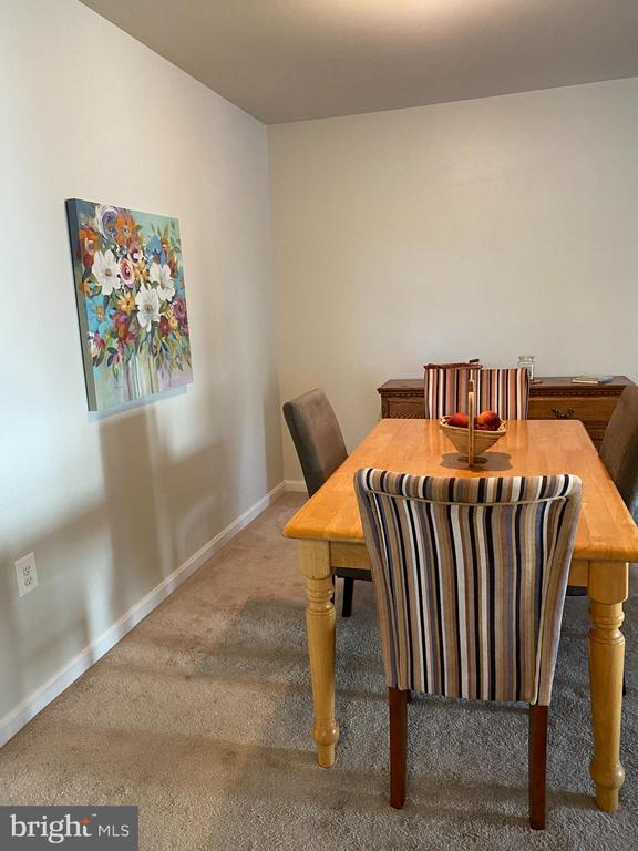 Dining area perfect for entertaining. - 8800 TANGLEWOOD LN #NONE, MANASSAS