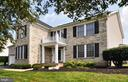 Fantastic home w/ over 5,000 sf of finished space! - 15305 LIONS DEN RD, BURTONSVILLE