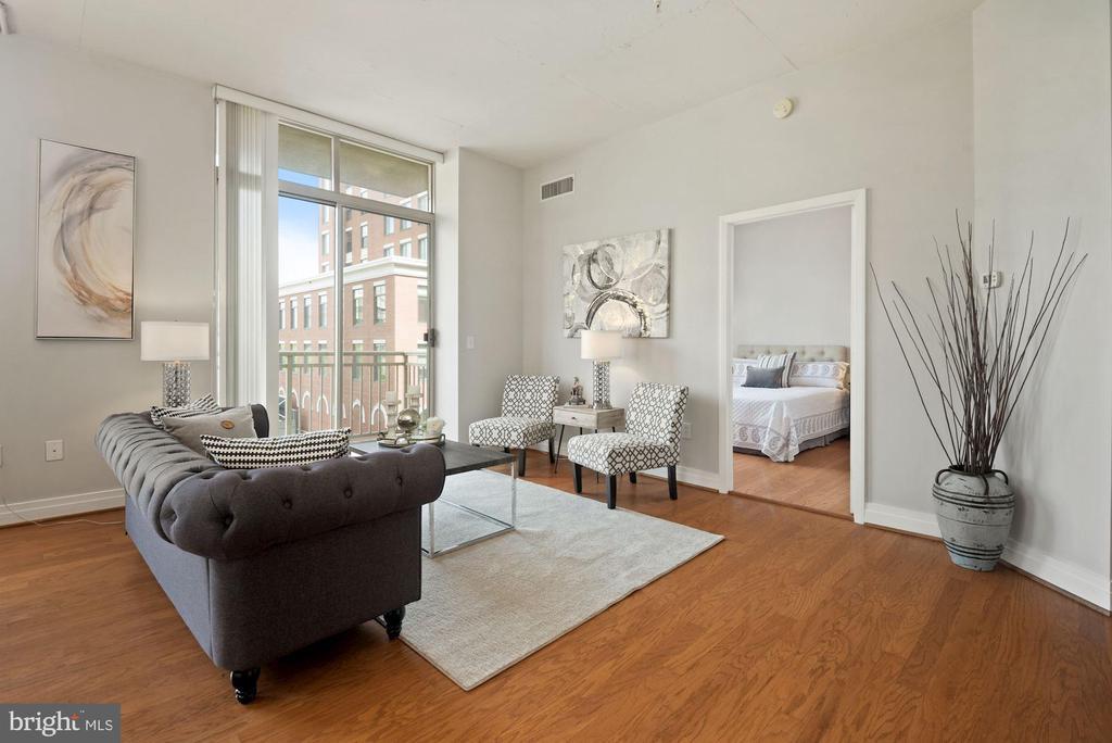 Living room - 1205 N GARFIELD ST #408, ARLINGTON
