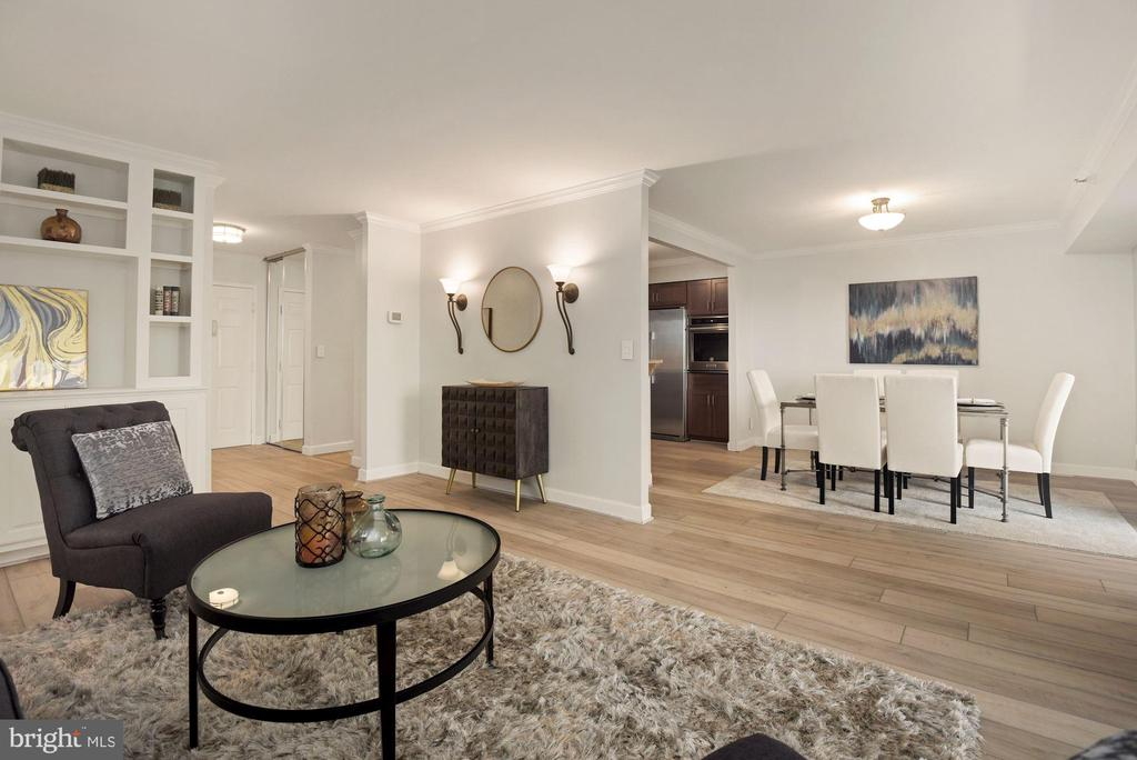 Separate living and dining areas - 1600 N OAK ST #310, ARLINGTON