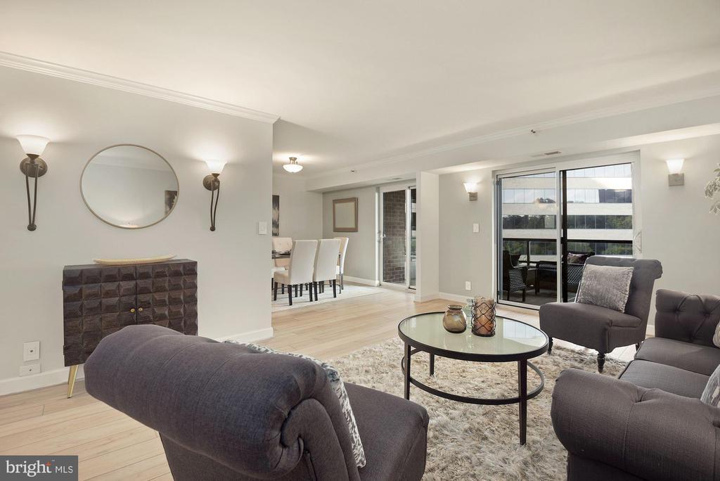Newer (2019) Coretec flooring - 1600 N OAK ST #310, ARLINGTON