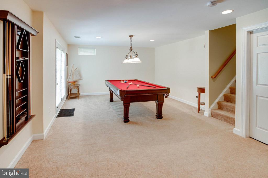 Lower Leve Rec Room with  Pool Table that conveys - 25891 MCKINZIE LN, CHANTILLY