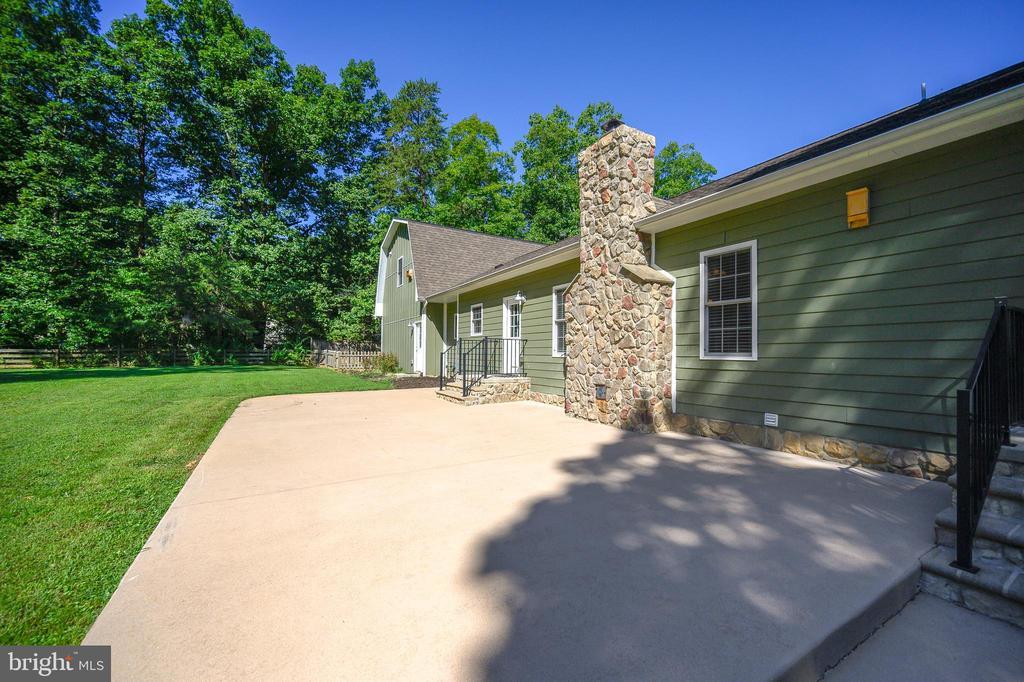 Create a backyard oasis - w/ this 1200 sq ft patio - 12812 ORANGE PLANK RD, LOCUST GROVE