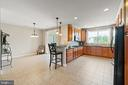 Large Kitchen with Eat-In Breakfast Area - 19406 COPPERMINE SQ, LEESBURG
