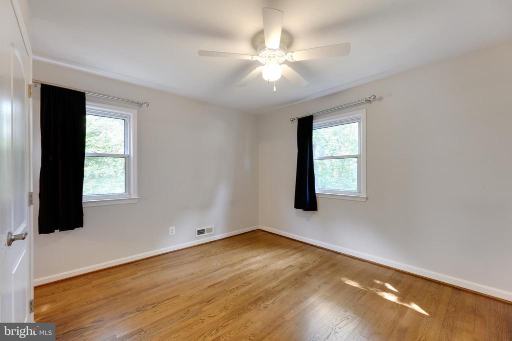 Bedroom 1 - 4006 SPRUELL DR, KENSINGTON