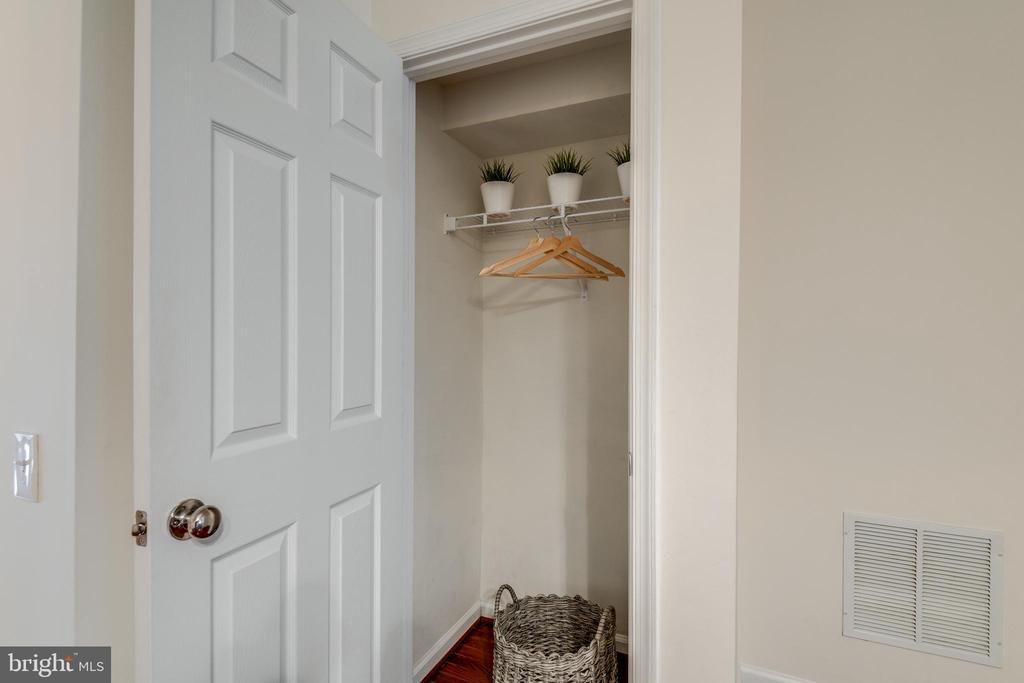 Main Level Coat Closet - 42660 NEW DAWN TER, BRAMBLETON