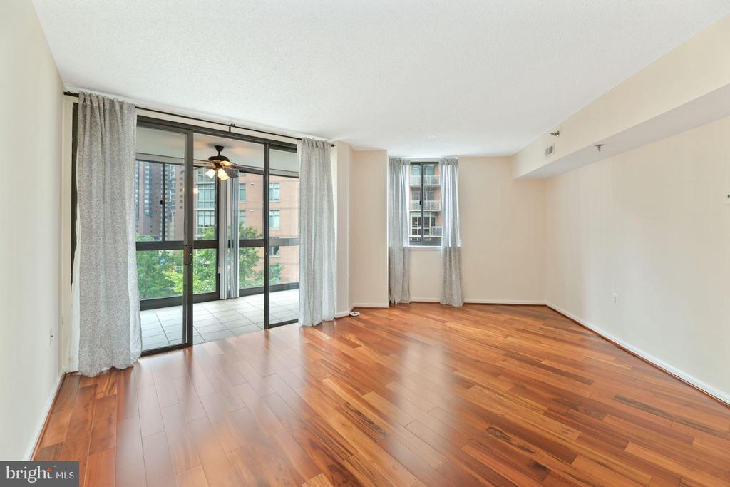 Living Room Receives an Abundance of Sunlight! - 1001 N RANDOLPH ST #604, ARLINGTON