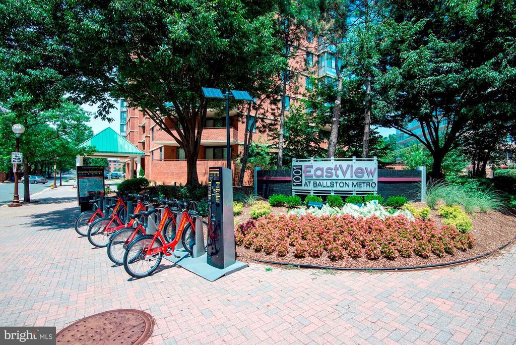 Capital Bike Share is Steps Away! - 1001 N RANDOLPH ST #604, ARLINGTON