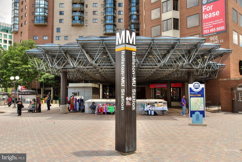 EastView is Only 2 Blocks from the Ballston Metro! - 1001 N RANDOLPH ST #604, ARLINGTON