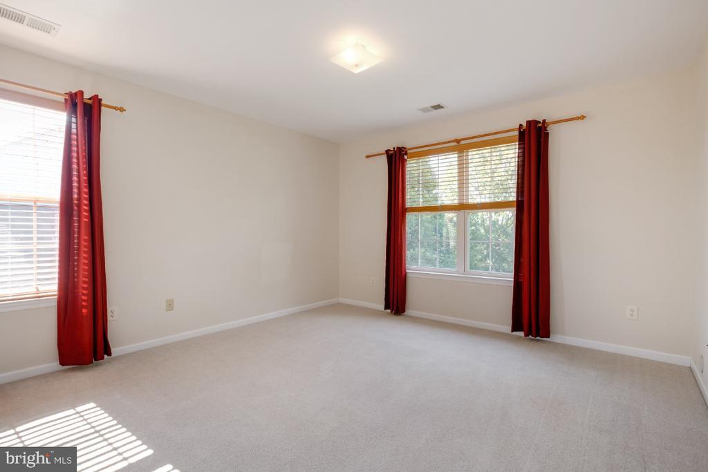 Bedroom #3 - 513 EWELL CT, BERRYVILLE