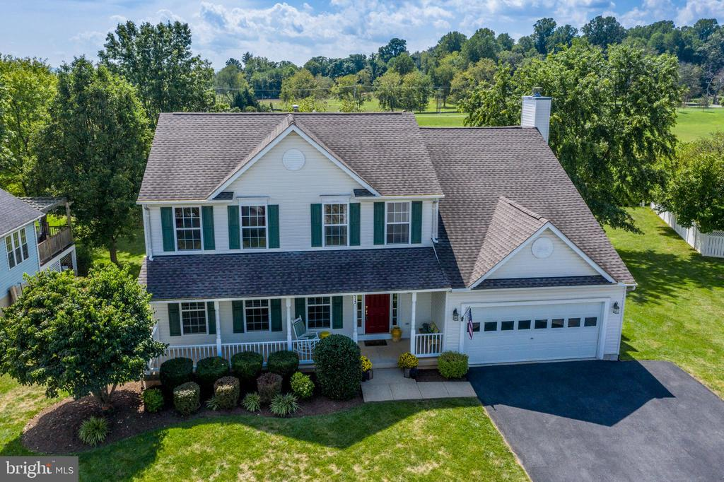Resting in A Fabulous Location! - 513 EWELL CT, BERRYVILLE