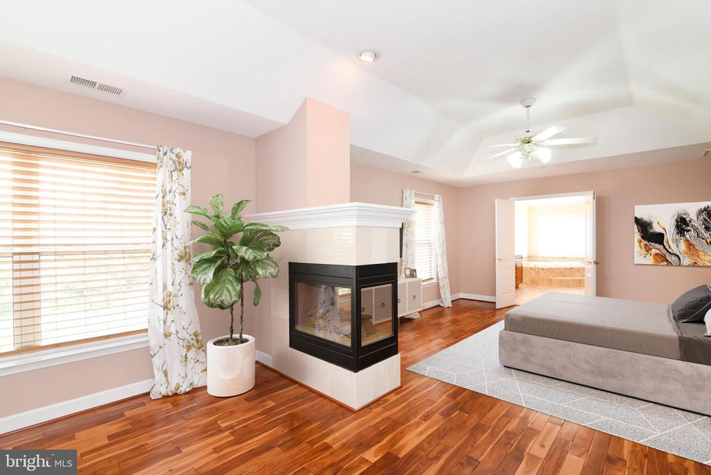 Primary sitting area w fireplace - 21320 COMUS CT, ASHBURN