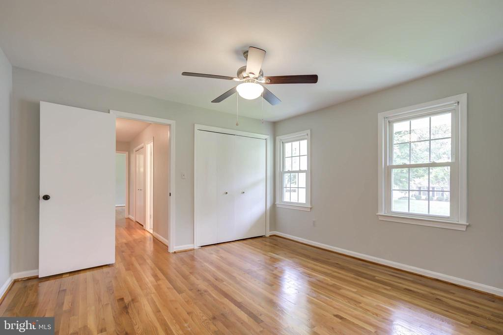 Fourth bedroom, hardwood floors - 13832 TURNMORE RD, SILVER SPRING