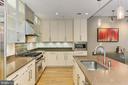 Stainless appliances - 1700 N CLARENDON BLVD #123, ARLINGTON