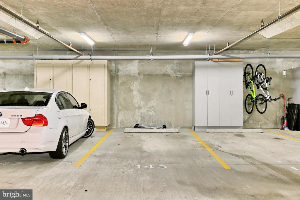 Assigned parking space conveys - 1700 N CLARENDON BLVD #123, ARLINGTON
