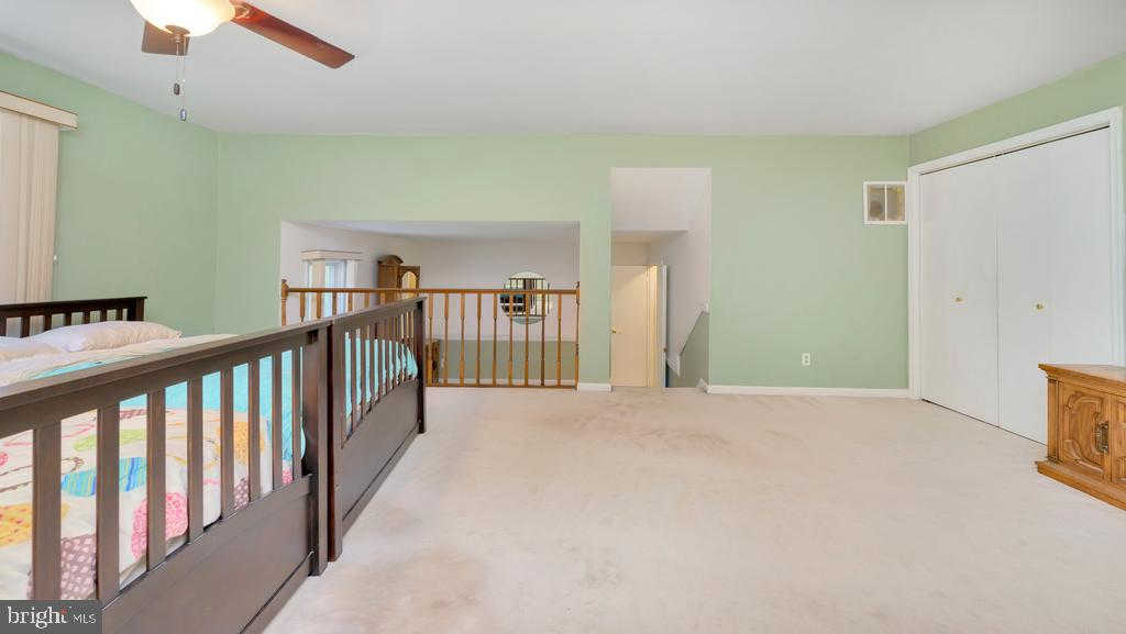 Primary Bedroom to Sitting Room - 2056 FARRAGUT DR, STAFFORD