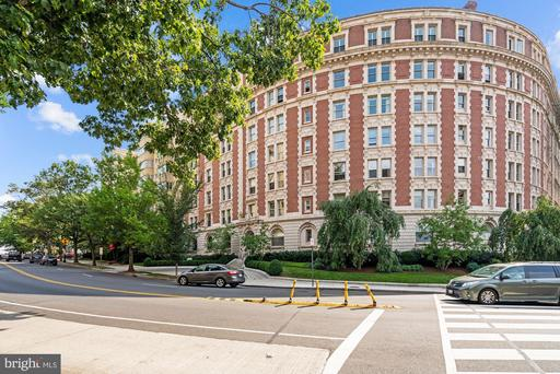2126 CONNECTICUT AVE NW #34
