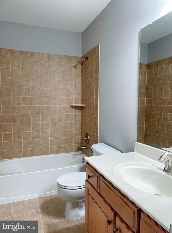 2nd bath. - 43523 MAHALA ST, LEESBURG
