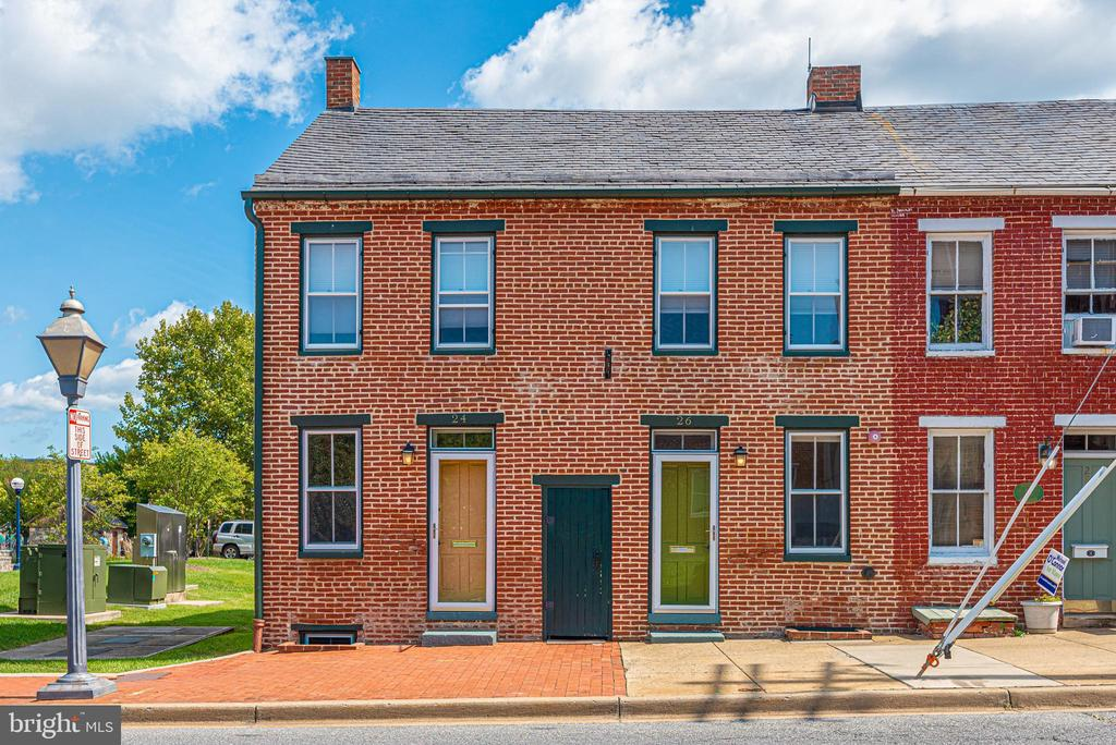 Welcome Home to 24 and 26 S. Court Street - 24 S COURT, THRU 26 ST, FREDERICK